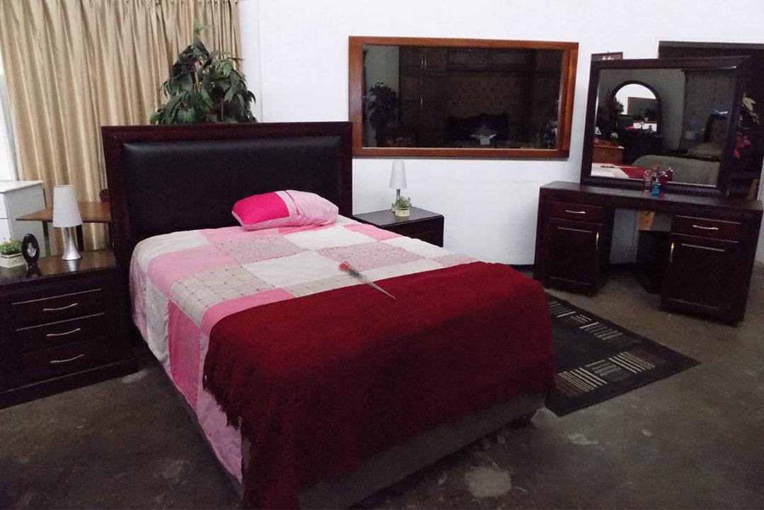 Manhattan Bedroom Suite