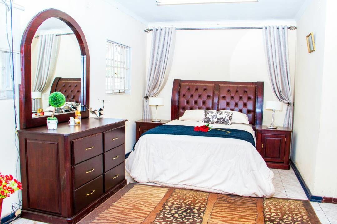 Savannah Bedroom Suite
